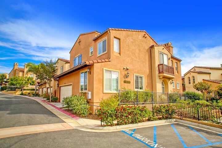 Villa De La Paz Apartments Los Angeles